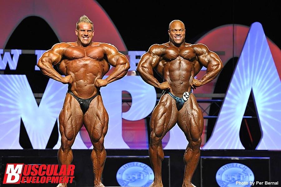 Mr. Olympia 2011 - Jay Cutler vs. Phil Heath - Latissimus von vorne