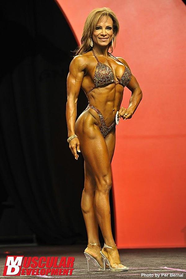 Mr. Olympia 2011 - Adela Garcia