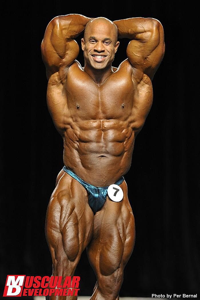 Mr. Olympia 2011 - Victor Martinez - Bauch und Beine