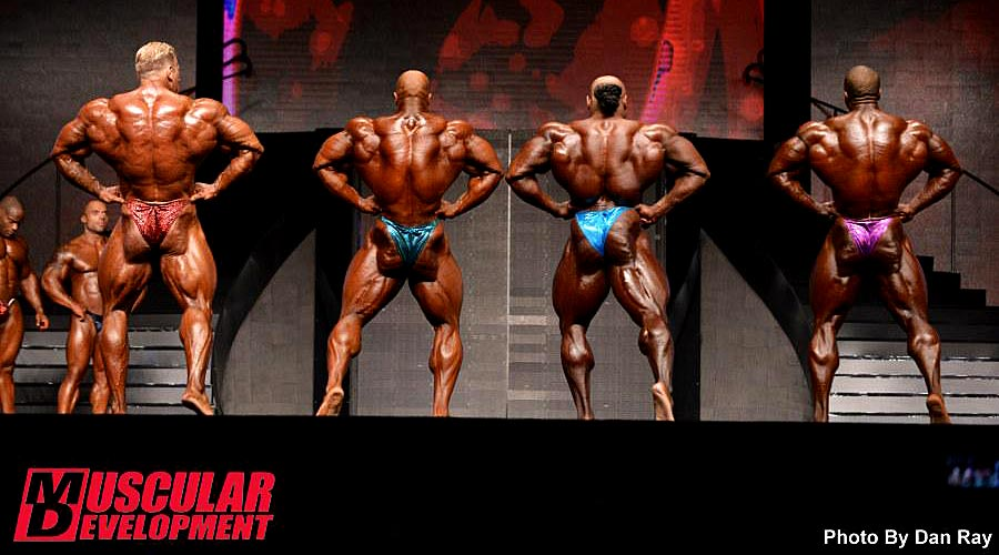 Mr. Olympia 2014 - comparison - back lat spread